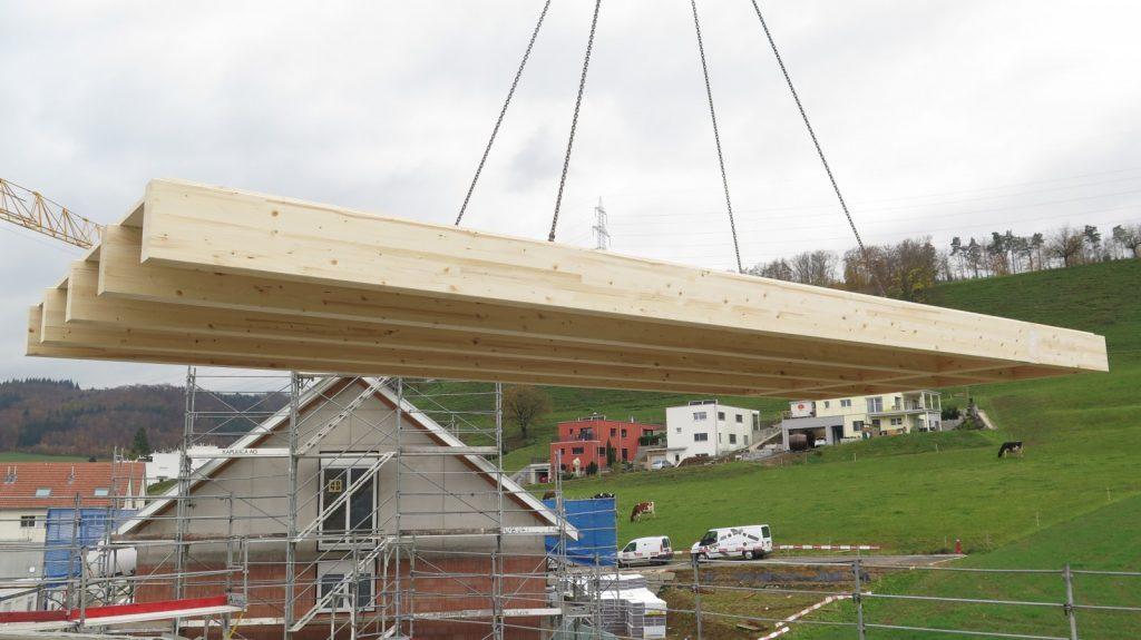 Einsetzen der Dachelemente