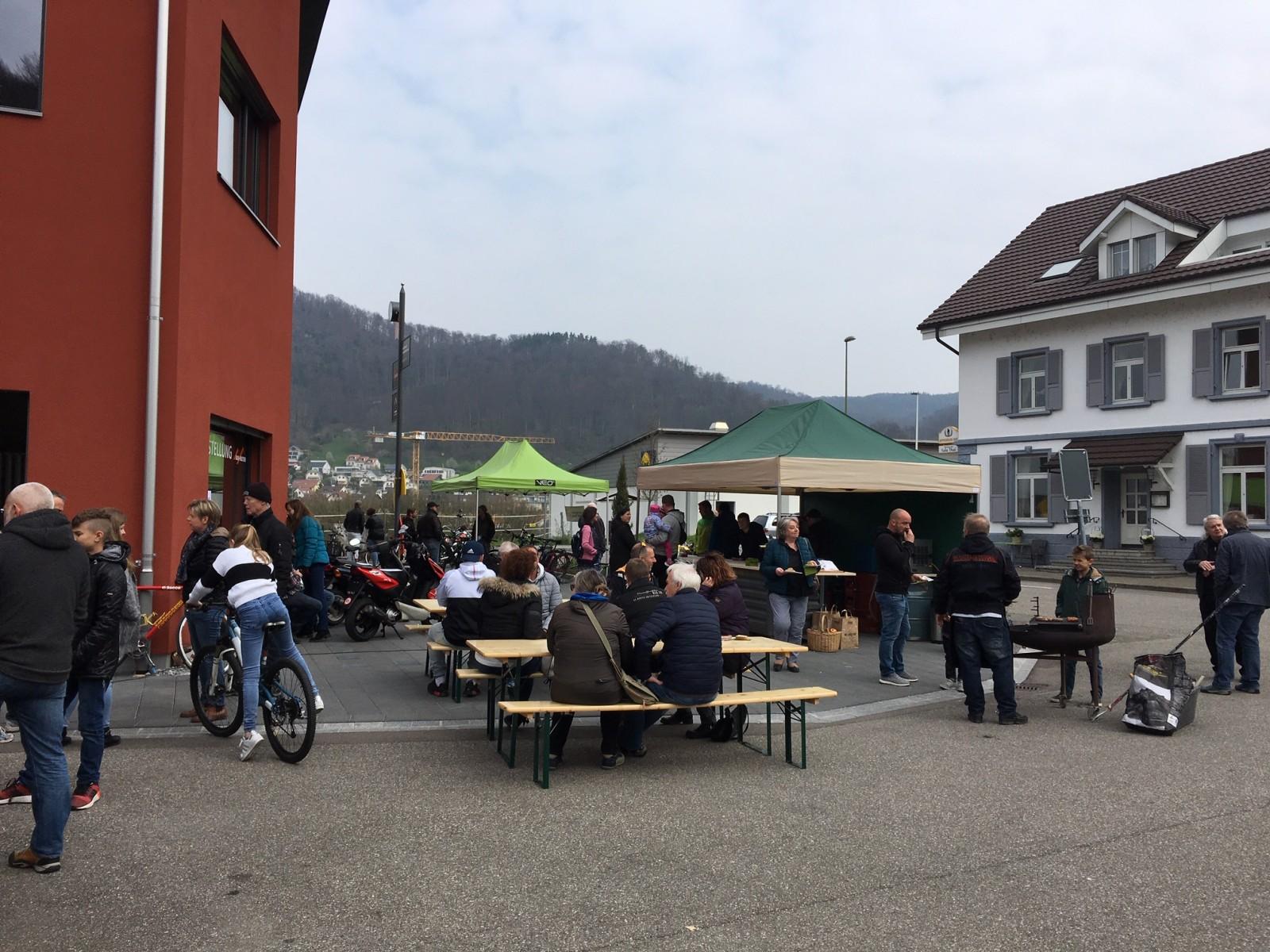 Wurst, Bier und 2-Räder